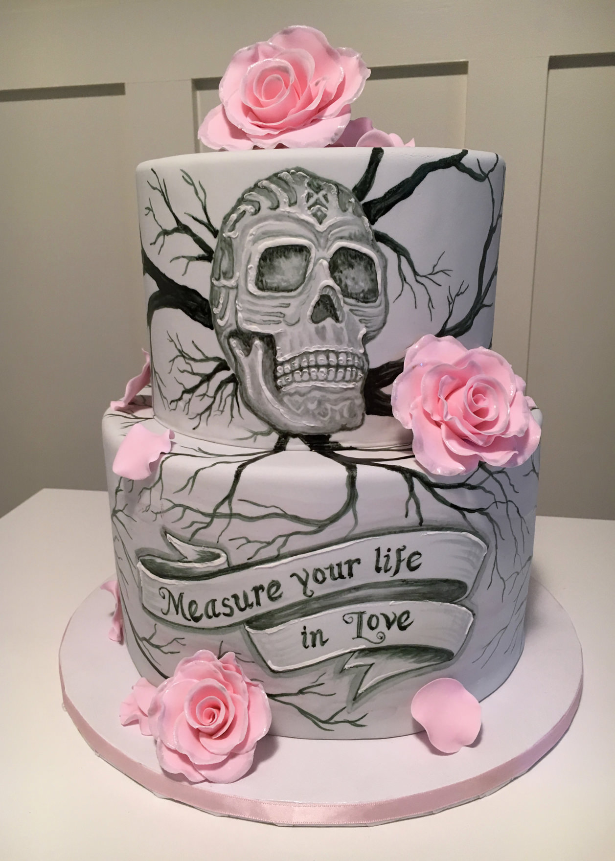 Skull Roses Cake By Cakesuite Serving Connecticut And New York